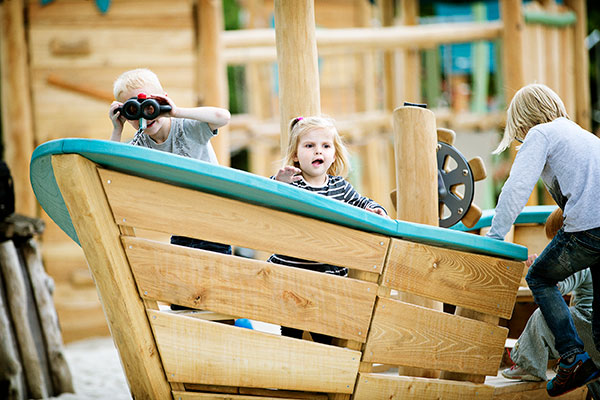 6 tips to dramatic play outdoors