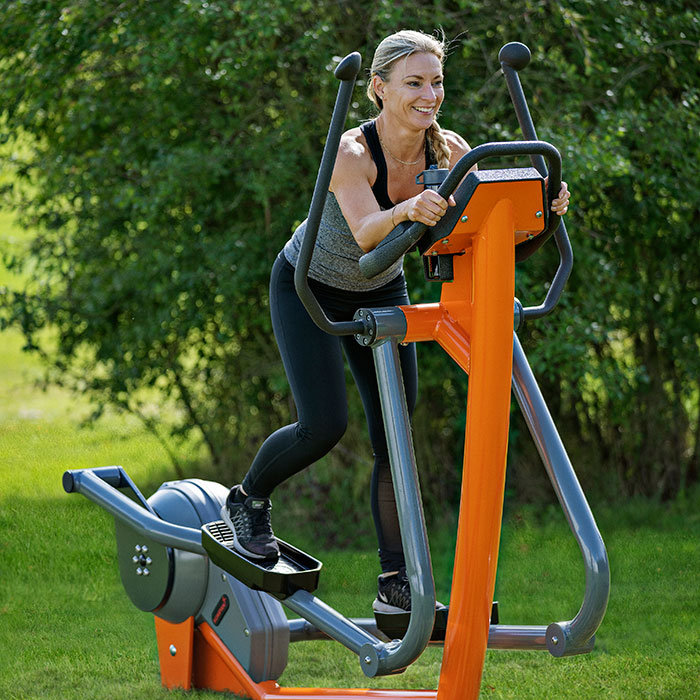 Outdoor-fitness-for-colleges-and-universities_cardio_horisontal.jpg