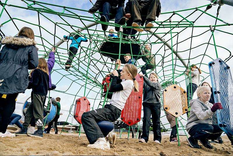 Benefits Of An Onsite Playground For Commercial Establishments