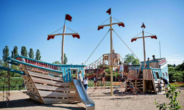 瑞典海盗船游乐场 Borgholm Pirate Playground