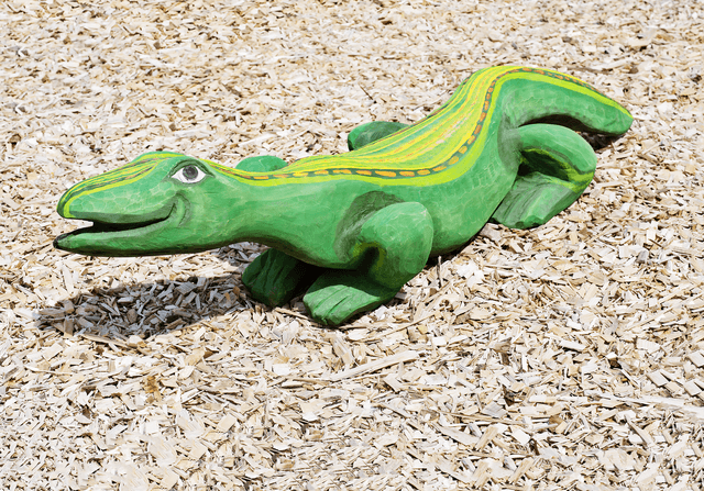 Iguana Sculpture, Oak