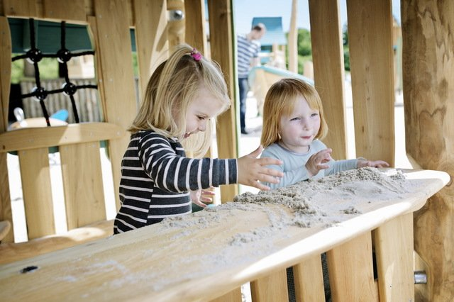 Nature play and Natural Playgrounds